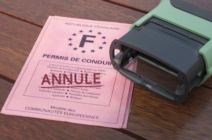 Annulation-judiciaire-ou-administrative d'un permis de conduire, demander l'aide d'un avocat spécialisé en droit routier sur Toulouse et sa région